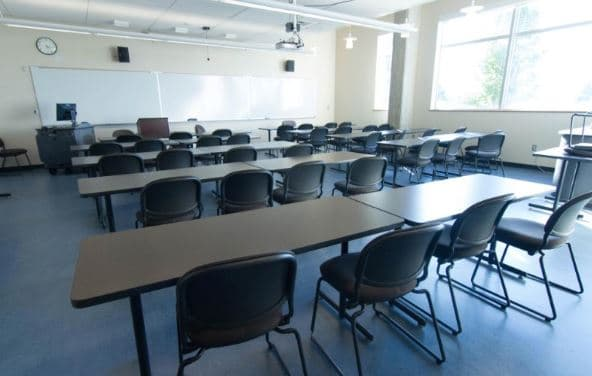 classroom layout - Pressing the classroom reset button